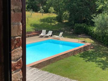 apart_2rooms_pool